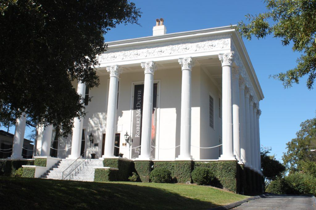 Antebellum home with grand columns